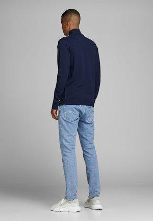 JPREDGAR HALF ZIP - Sweter - dark blue