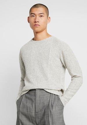JPRTHALES CREW NECK - Pullover - blanc de blanc/melange