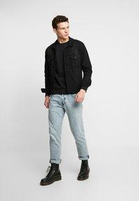 Jack & Jones PREMIUM - JPRPOCKET CREW NECK - Sweatshirt - black - 1