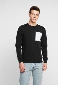 Jack & Jones PREMIUM - JPRPOCKET CREW NECK - Sweatshirt - black - 0