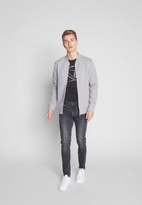 Jack & Jones PREMIUM - JPRSTEVIE SWEAT ZIP CARDIGAN - Sweatjacke - grey melange/melange - 1