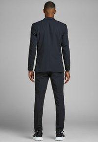 Jack & Jones PREMIUM - Suit jacket - dark navy - 2