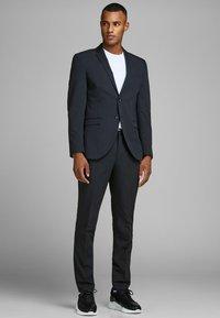 Jack & Jones PREMIUM - Suit jacket - dark navy - 1