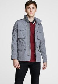 Jack & Jones PREMIUM - Chaqueta outdoor - sedona sage - 0