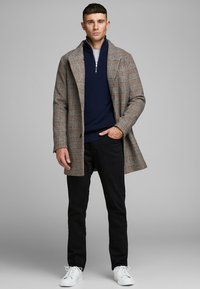 Jack & Jones PREMIUM - JPRCOLLUM - Kort kappa / rock - brown stone - 1