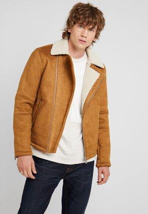 JPRRENO JACKET - Faux leather jacket - dijon