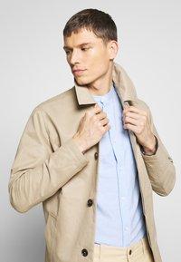 Jack & Jones PREMIUM - LEISTER  - Short coat - classic beige - 3