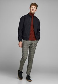 Jack & Jones PREMIUM - HARRINGTON - Kurtka Bomber - dark navy - 1