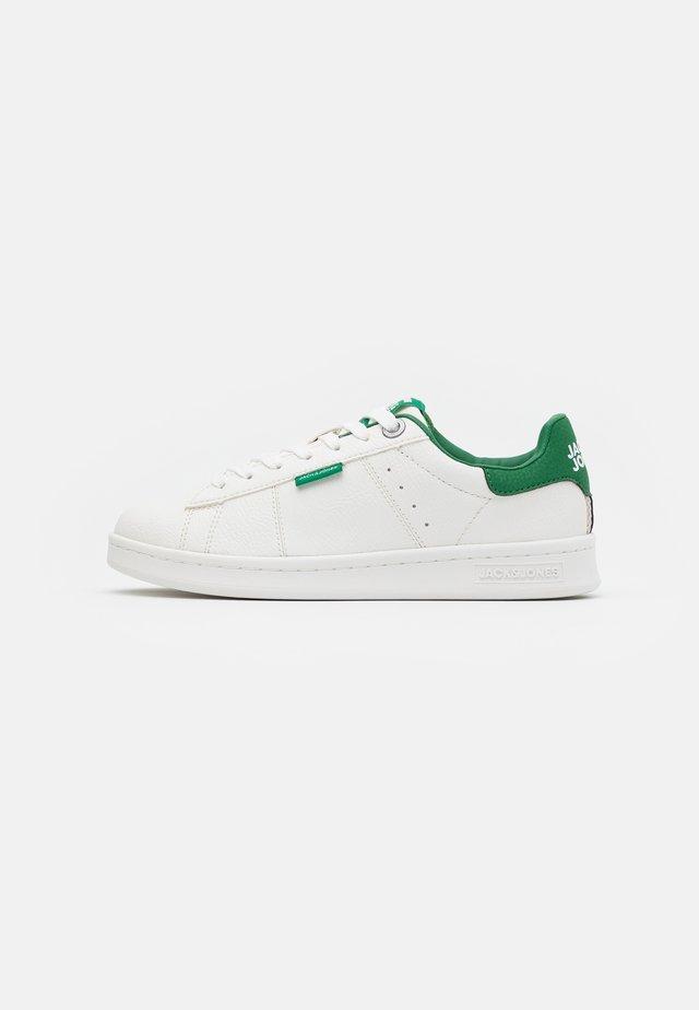 JRBANNA - Sneakersy niskie - white/green