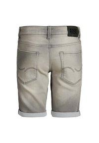 Jack & Jones Junior - Shorts vaqueros - grey denim - 1
