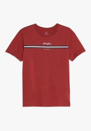 JORDAVIS TEE CREW NECK JUNIOR - Camiseta estampada - brick red