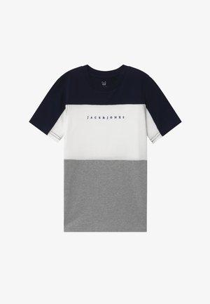 JORPRO TEE CREW NECK - Camiseta estampada - navy blazer
