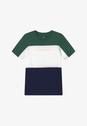 JORPRO TEE CREW NECK - Print T-shirt - trekking green