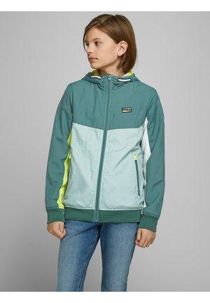 Light jacket - north atlantic