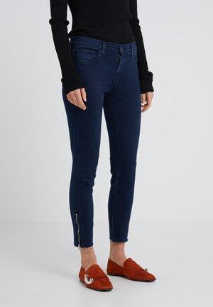 RAW MID RISE CROP - Jeans Skinny Fit - rhythm
