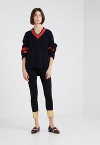 J Brand - RAW ALANA HIGH RISE CROPPED - Jeans Skinny - gold pool - 1