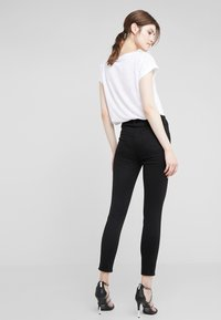 J Brand - ALANA HIGH RISE  - Jeans Skinny Fit - black - 2