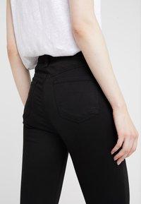 J Brand - ALANA HIGH RISE  - Jeans Skinny Fit - black - 5