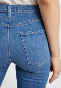 J Brand - VALENTINA HIGH RISE  - Flared jeans - endeavor - 4