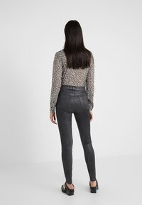 J Brand - MARIA - Jeans Skinny Fit - silver lament - 2