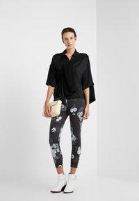 J Brand - Jeans Skinny Fit - noir - 1