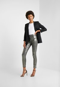 J Brand - LILLIE SUPER HIGH RISE  - Trousers - galactic silver - 1