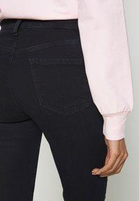 J Brand - MARIA HIGH RISE LEG POCKETS - Jeans Skinny Fit - blue sette - 3