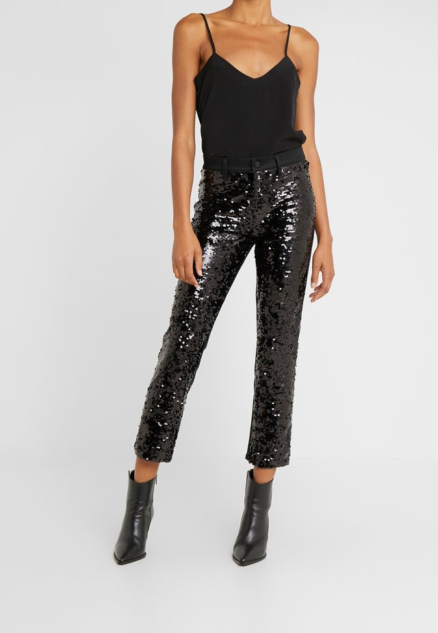 RUBY HIGH RISE CROP CIGARETTE - Trousers - black