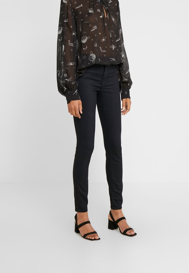 MID RISE - Jeans Skinny Fit - impulsive