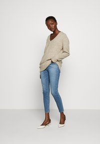 J Brand - LEENAH HIGH RISE - Skinny džíny - blue denim - 1