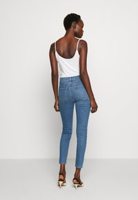 J Brand - LEENAH HIGH RISE - Skinny džíny - blue denim - 2
