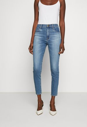 LEENAH HIGH RISE - Vaqueros pitillo - blue denim