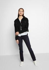J Brand - HIGH RISE CROP CIGARETTE - Jeans Straight Leg - blue denim - 1