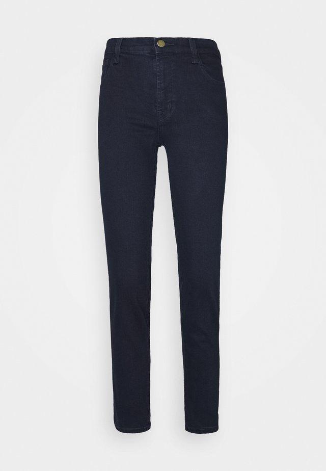 ADELE MID RISE - Jeans Straight Leg - penrose
