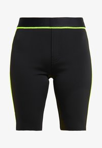 J Brand - DELLAH HIGH RISE BERMUDA - Shorts - black - 4