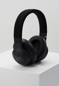 JBL - E55 AROUND-EAR HEADPHONE - Høretelefoner - black - 0