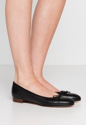 UPTOWN CLASSIC BALLET - Ballerinat - black