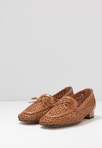 J.CREW - AVENUE LOAFER BOW - Slip-ons - roasted pecan - 4
