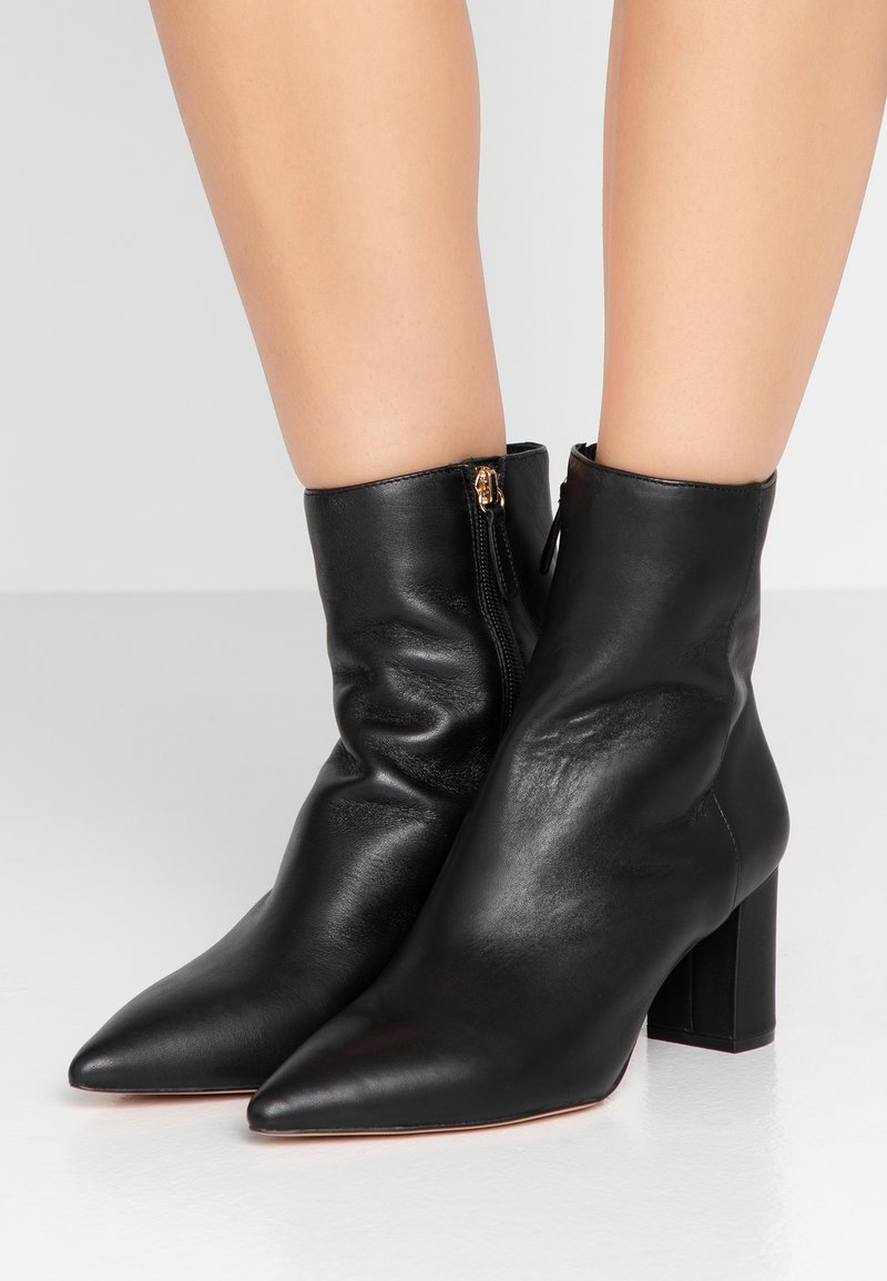 J.CREW - POINTY TOE MAYA BOOT - Classic ankle boots - black