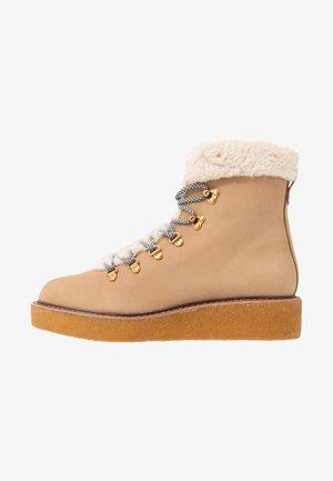 PLATFORM BOOT - Platform ankle boots - golden khaki