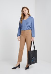 J.CREW - CAMERON PANT SEASONLESS STRETCH - Trousers - heather saddle - 1