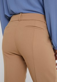J.CREW - CAMERON PANT SEASONLESS STRETCH - Trousers - heather saddle - 4