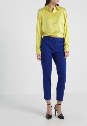 CAMERON PANT SEASONLESS STRETCH - Bukse - bright indigo