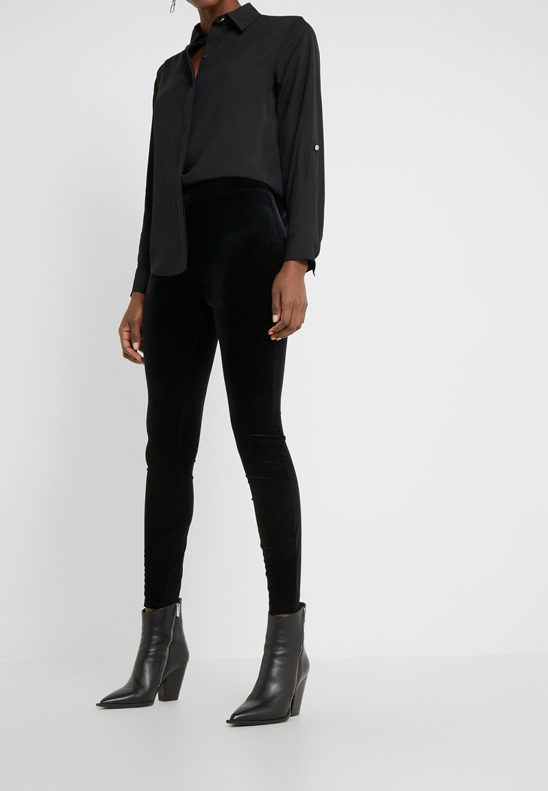 J.CREW - VELVET  - Leggings - black
