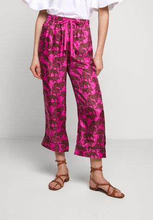 BAEZ LIONS - Trousers - fuchsia/brown