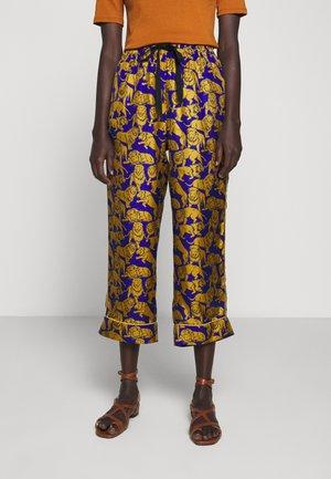 BAEZ LIONS - Spodnie materiałowe - blue/olive