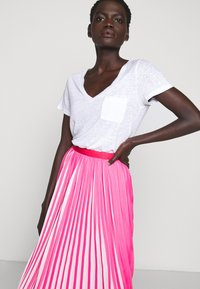J.CREW - DEE SKIRT STRIPED - A-line skirt - fuchsia/ivory - 4