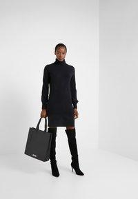 J.CREW - SUPERSOFT TURTLENECK DRESS - Gebreide jurk - black - 1