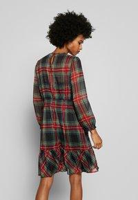 J.CREW - GLENDALE DRESS TARTAN - Korte jurk - black/multi - 2