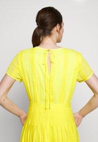 J.CREW - JUDY DRESS - Vapaa-ajan mekko - bright kiwi - 10